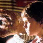 E.T.|続編でも人差し指を合わせるシーンはない?セリフの意味は?
